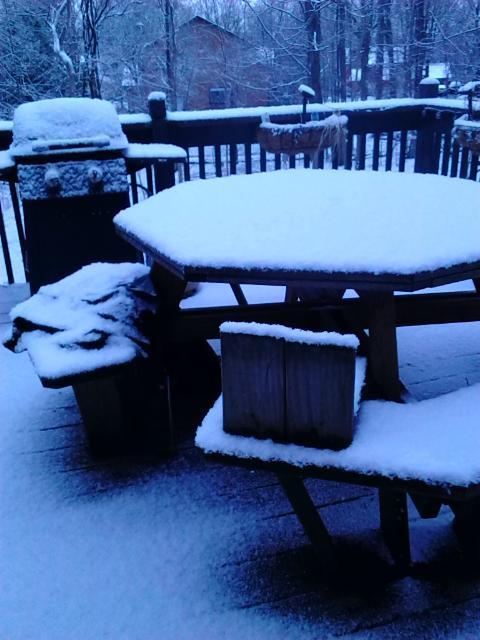 deck snow 4-23