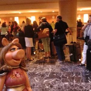 Wednesday: the line to check in. Piggy, of course, went to the head of the VIP line.